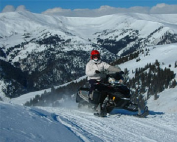 snowmobile-above-leadville